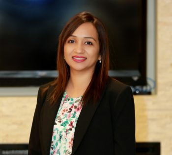 Profile photo of Renton dentist Dr. Pawandeep Kaur of Renton Smile Dentistry